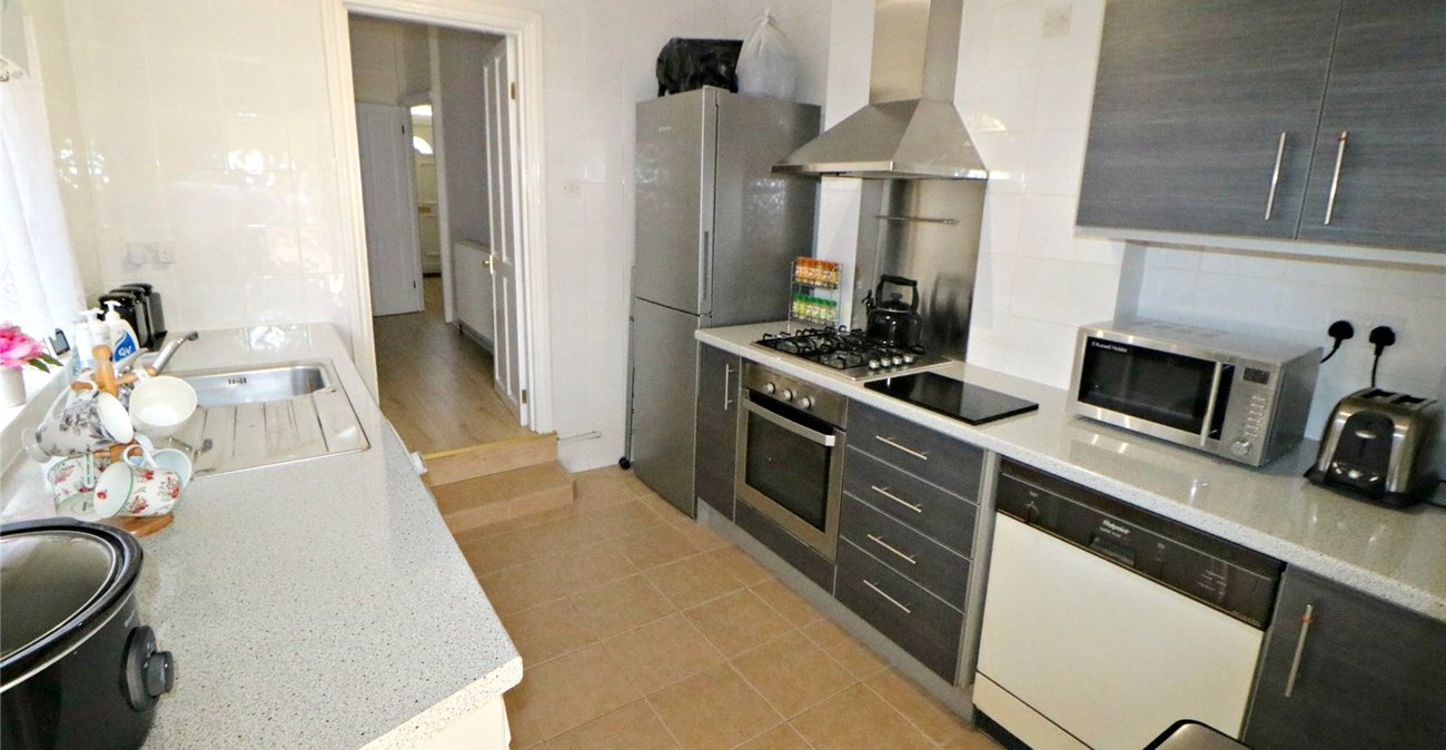 3 bedroom property for sale in Catford | Robinson Jackson