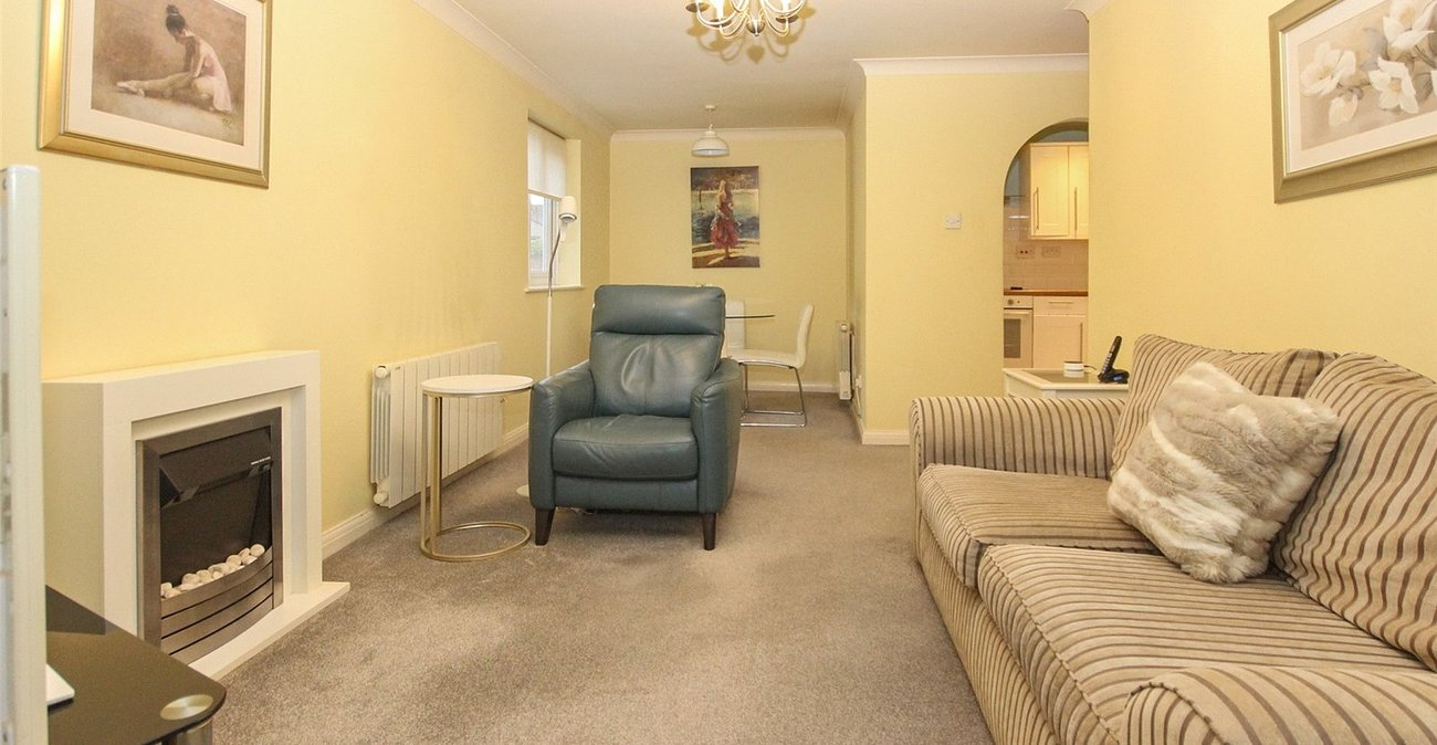 2 bedroom property for sale in Welling | Robinson Jackson