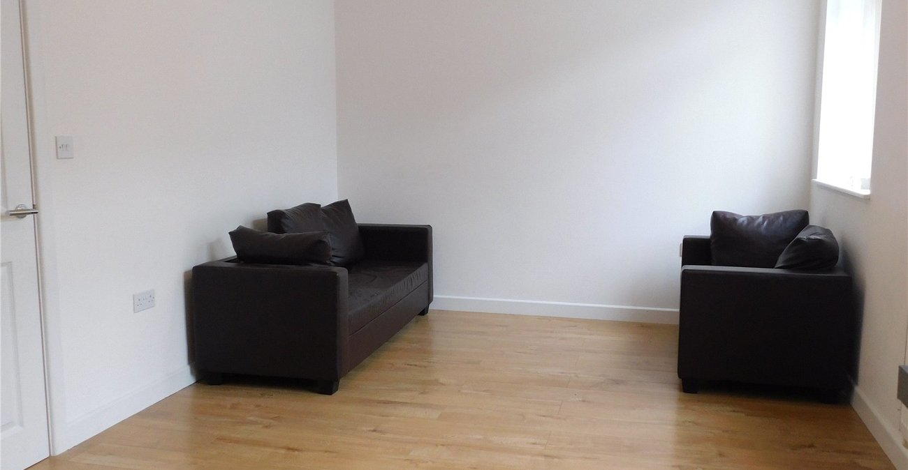 4 bedroom property to rent in New Cross | Robinson Jackson