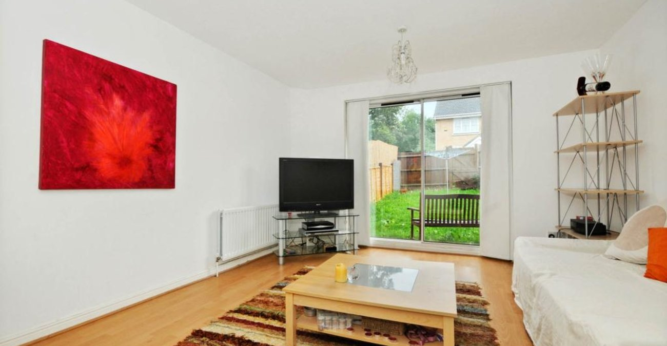 2 bedroom house to rent in Sydenham | Robinson Jackson